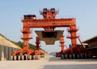 450t轮胎式提梁机 架桥提梁机 强度高 稳定性高 四点起吊