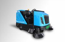 洁西卡J210-C2000敞篷款扫地车